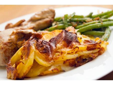 Roti de Porc sauce Forestière - Pommes au four- Rayon Traiteur